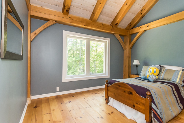 Bedroom in a timber frame dutch saltbox
