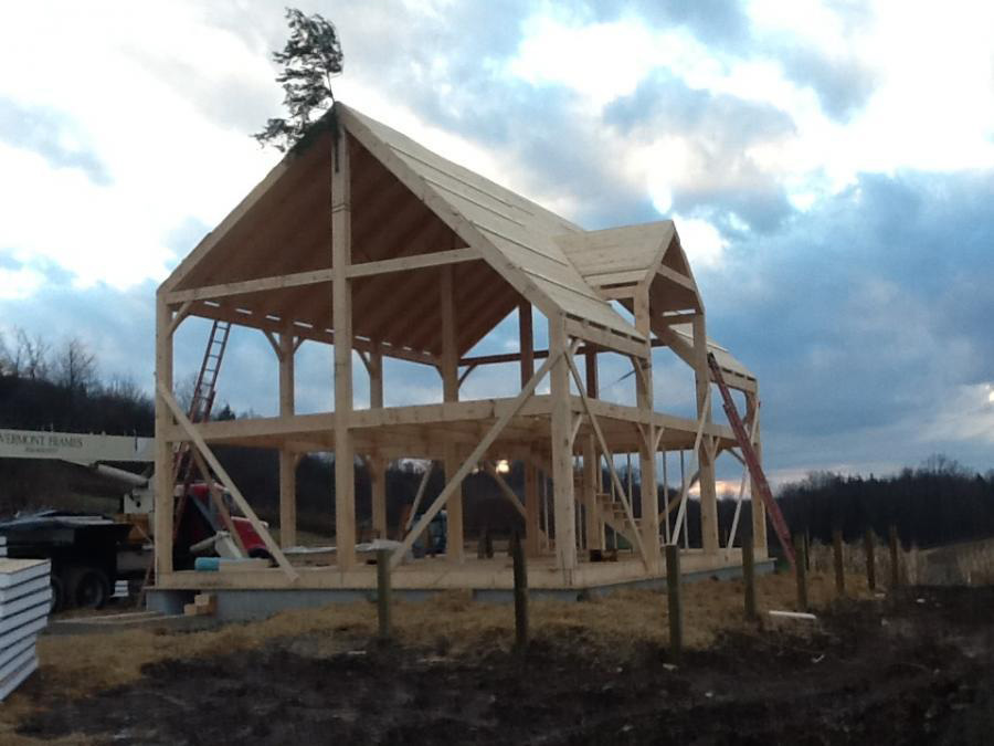 Timber frame dutch saltbox structure