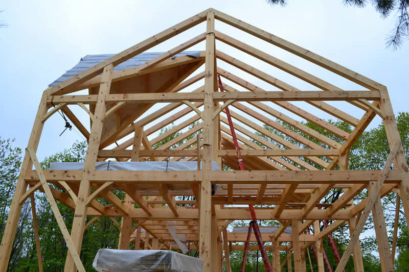 Timber frame colonial structure